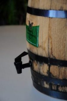 Oak Barrel Kombucha requires a spigot for best results
