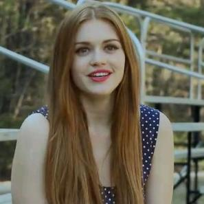 Holland Roden of MTVs Teen Wolf loves Kombucha Tea