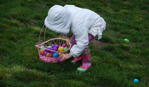Dye Easter Eggs Naturally and then set up a hunt in the yard!